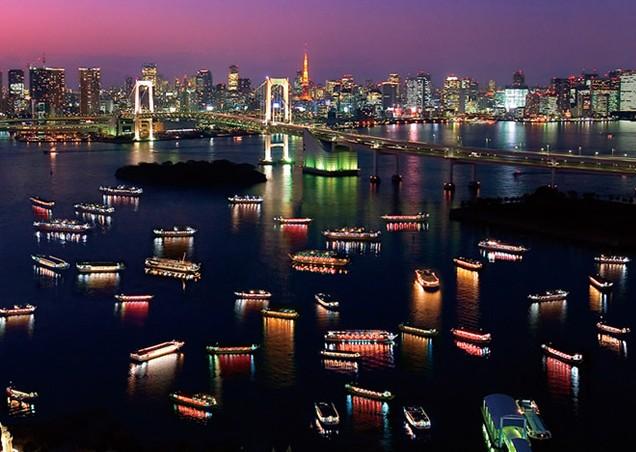 Yakatabune in Tokyo Bay